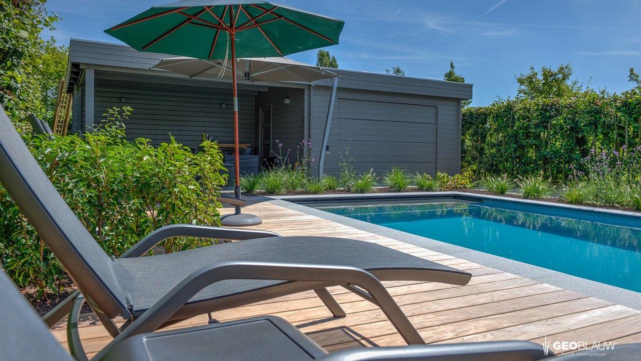 zwembad-houten-terras