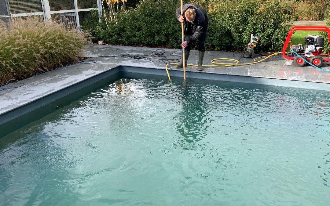 Intensieve reiniging van uw ecozwembad of zwemvijver